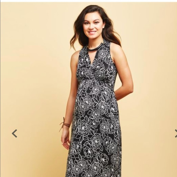 d2c783fc864 Surplice Neckline Maternity Maxi Dress. M 5a735a40fcdc3154a1e6691d